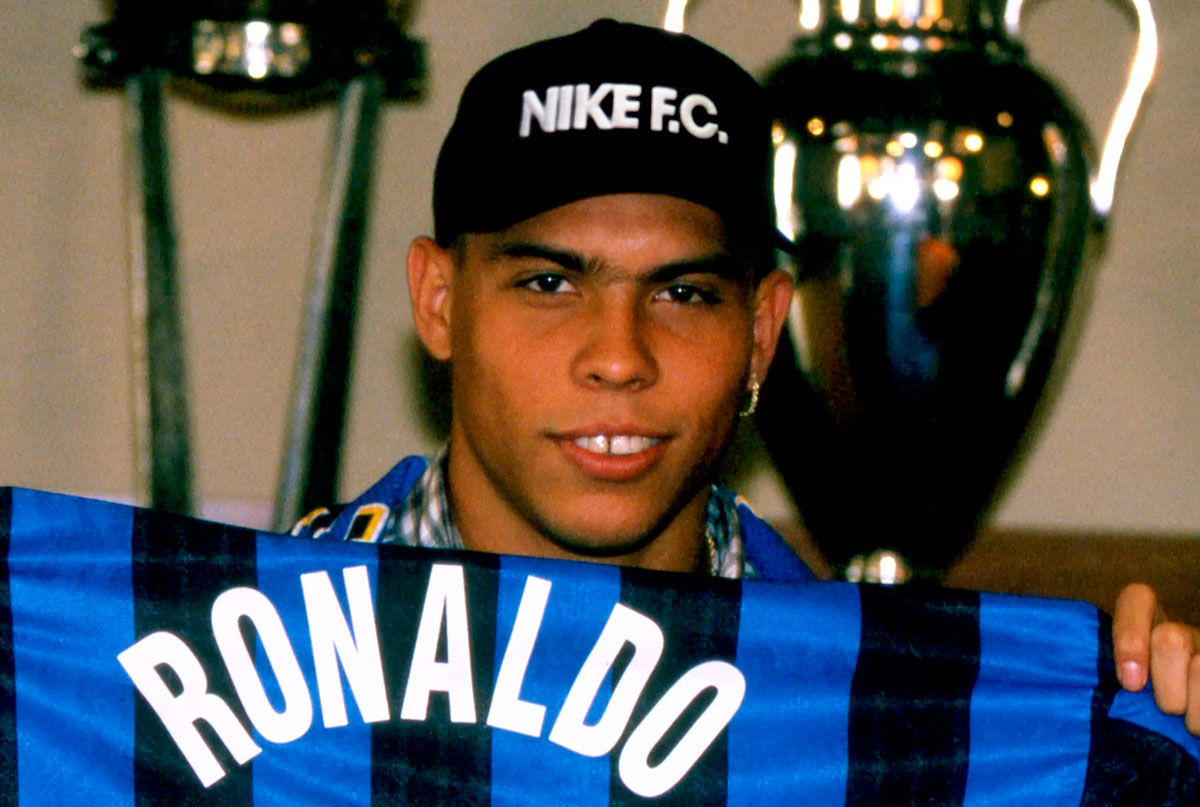 Ronaldo-Main-RWD-Fat-Ronaldo-OG-Brazil-Inter-World-Cup-Record2