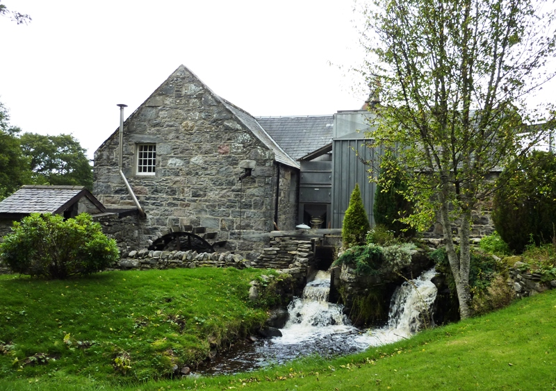 Speyside+Distillery+mill